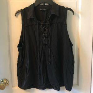 Rock & Republic sleeveless top with ties